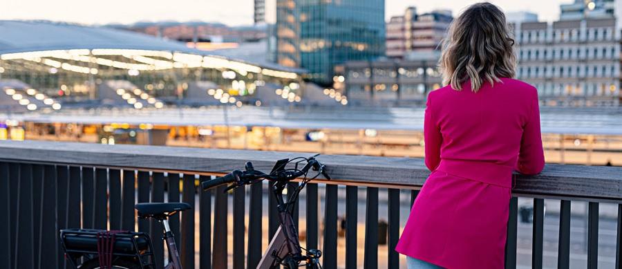 Op de fiets naar het werk: minder files, minder uitstoot, meer plezier